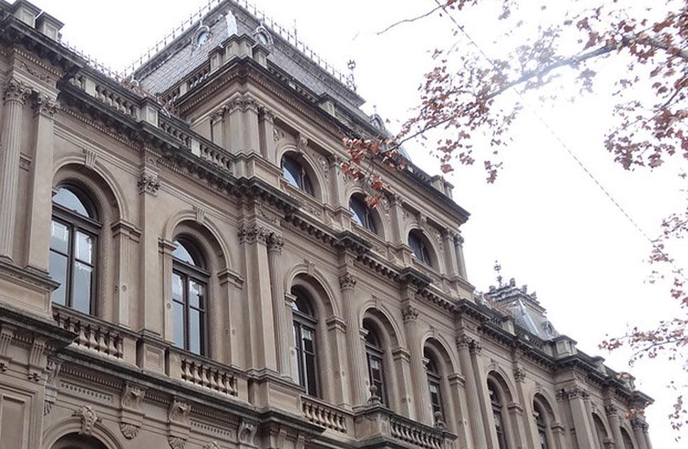 criminal law magistrates court fees - Bendigo court building
